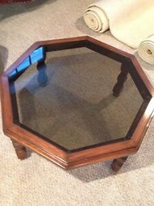 Glass coffee table  West Island Greater Montréal image 1
