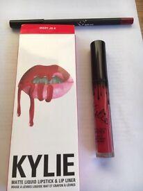 Kylie matte lip kit Mary Jo K