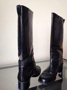 Black Waterproof Valle brand boots - Size 11