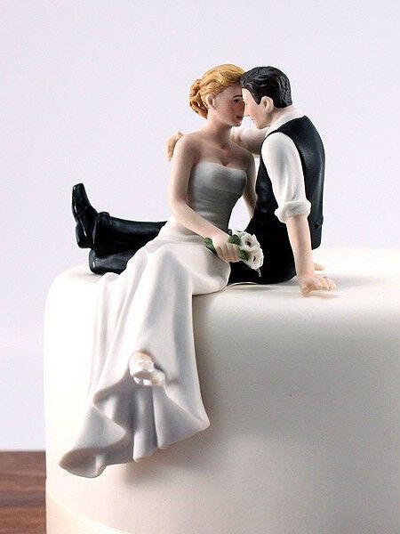 Does The Cake Bride 105