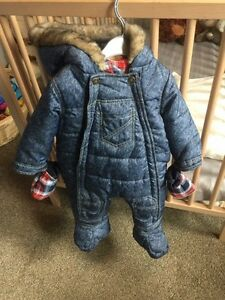 Snowsuit with mittens