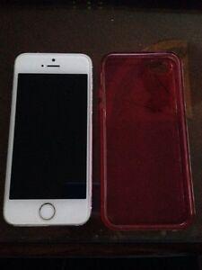 Iphone 5s 16g bell/virgin 200$