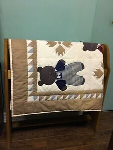 Solid wood quilt rack & handmade quilt
