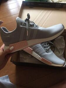 SHOES / SNEAKERS ADIDAS NMD R1 PINK AND GREY
