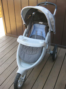 JOGGING STROLLER with Brakes - Graco