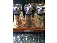 Cole & Mason 6 Jar Spice - Had few weeks - Cost £20 online
