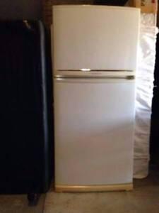 Second hand fridge Campsie Canterbury Area Preview