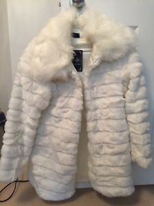 White faux fur dressy coat jacket new, tags on