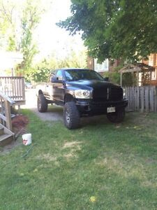 "2007 Dodge Ram 1500 6"" lift on 37s"
