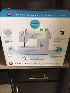 Singer 1304 Start Sewing Machine Lightly Used