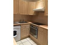 Used kitchen units/worktop, cooker & electric hob - Great condition