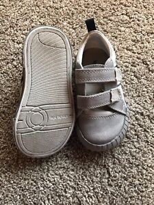 Grey Stride Rite shoes (size6)