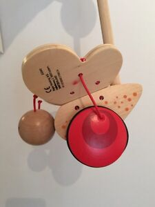 Hape wooden Butterfly Push Toy West Island Greater Montréal image 5