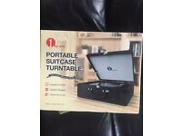 Portable Suitcase Turntable (All Black)