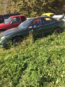 2001 Pontiac Sunfire parts car, low kms!!!