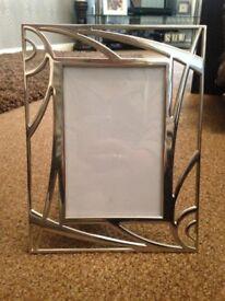 "Silver Patterned Photo Frame Landscape or Portrait (6"" x 4"")"