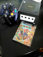 Game Cube + Mario Party 7 (avec micro) + 2 manettes