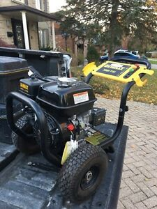 Dewalt pressure washer 3000psi  London Ontario image 1