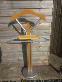 Jacket/Clothes vanity stand metal and pine, modern unued mint condition.