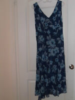New JONES NEW YORK Lined Dress - Size 16W - ONLY $40