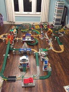 Huge Geotrax set with 14 trains!