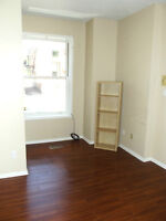 STUDENT DORM STYLE ROOMS FOR RENT OR SUBLET - SANDY HILL