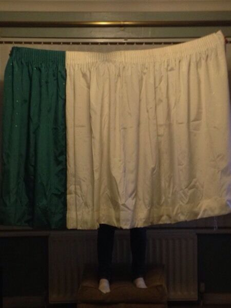 Curtains: 45 inch drop/111 inch wide