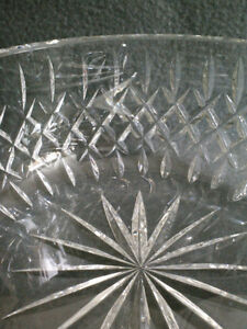 Collectible Antique Crystal Heavy Cut Bowl London Ontario image 3