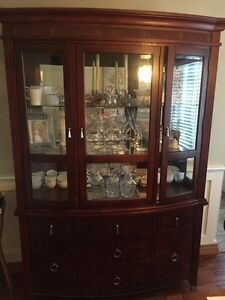 Beautiful hutch/china cabinet
