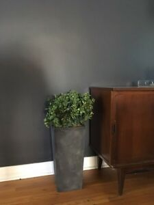 Faux Boxwood Planter Home Decor