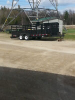 For sale 2009 heavy duty flat deck trailer.
