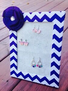 Girls earring holders/organizer London Ontario image 1