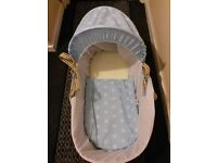 Clair de Lune Folding Moses Basket Stand and Moses Basket