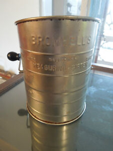ANTIQUE BROMHELL'S MESURING SIFTER