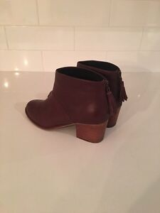 Authentic TOMS Genuine Leather Ankle Booties - EUC St. John's Newfoundland image 3