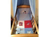 Pine Gliding Crib With Mattress & Beddinh