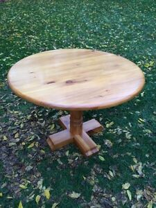 "41"" Solid Pine Pedestal Dining Table"