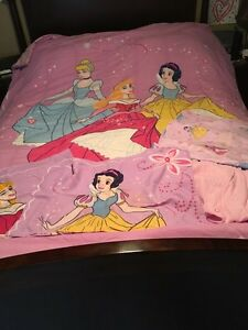 Disney Double Comforter and Sheet set