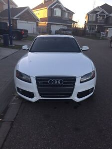 Fully Loaded 2012 Audi A5 S-Line Quattro (AWD)