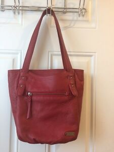 thesak leather purse - NEW