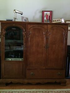 Entertainment centre / wardrobe unit - Free with own pick up
