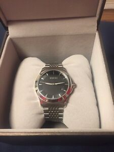 Brand new Gucci watch never wore  Cambridge Kitchener Area image 1