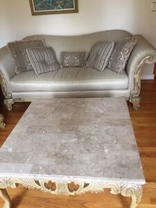 Luxury furniture and coffee table  Windsor Region Ontario image 4