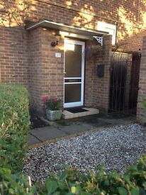 Cheshunt - 2 Bedroom 1st Floor Maisonette with Large Garden, Double Garage