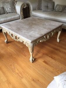 Luxury furniture and coffee table  Windsor Region Ontario image 3