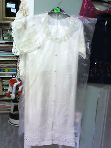 3pc Oriental Wedding Dress, HEARTBEAT Thrift Store/BayView Mall Belleville Belleville Area image 1