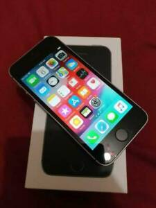 Apple iPhone SE 32GB Grey AS NEW Condition Unlocked