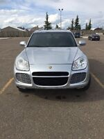 2005 Porsche Cayenne Turbo - LOW KM's