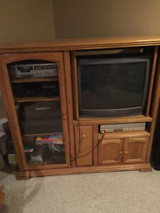OAK ENTERTAINMENT CENTRE with Bonus TV