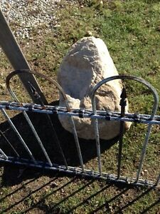 Beauty of a Landscaping Rock  - HUGE! London Ontario image 4